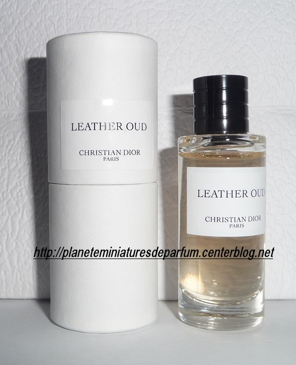 miniature collection priv e dior leather oud 2 me version. Black Bedroom Furniture Sets. Home Design Ideas