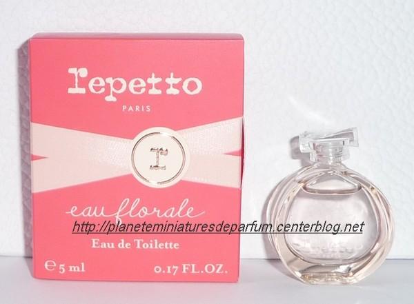 miniature parfum repetto eau florale nouveaut 2015. Black Bedroom Furniture Sets. Home Design Ideas