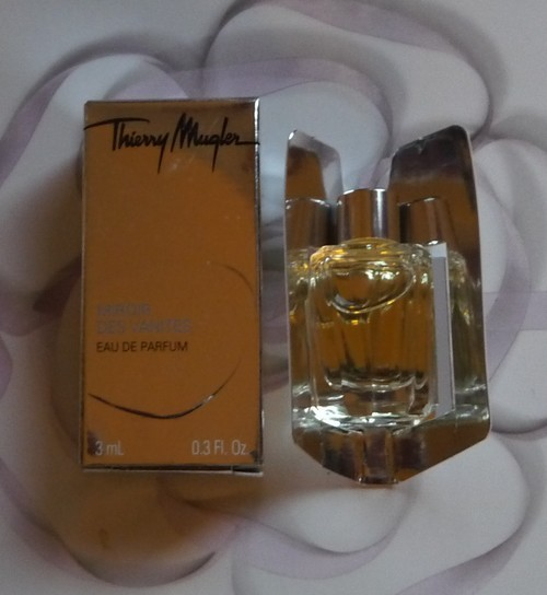 Thierry mugler miniatures a venir for Miroir des secrets thierry mugler
